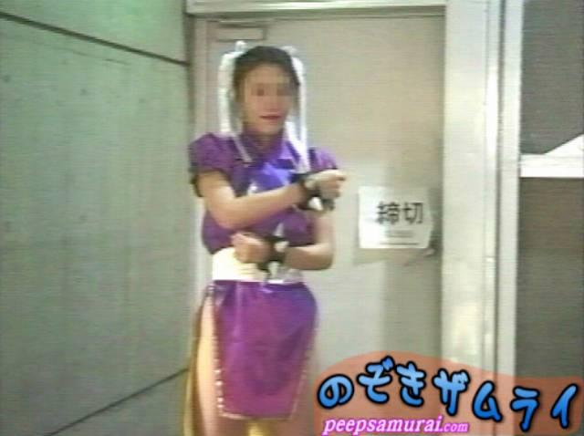 ゲームショー女子トイレ盗撮 2
